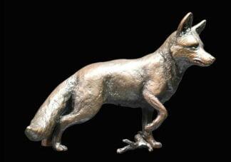 Fox Standing 1047